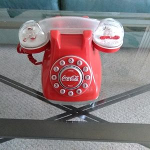 COCA- COLA  Snow Dome Telephone